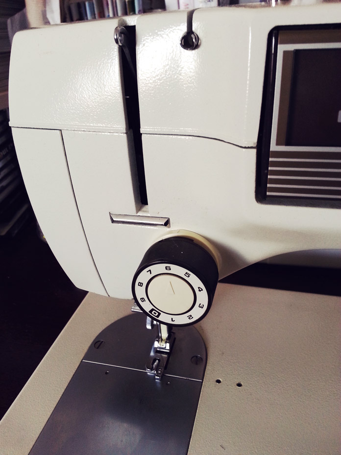 Toyota 555 sewing machine upper tension control