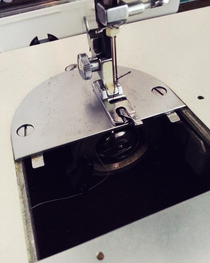 Toyota 555 sewing machine spool
