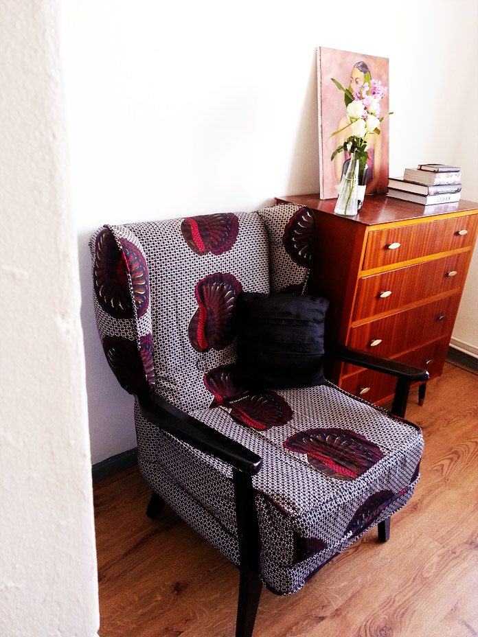 TheSecretCostumier - Reupholstered wingback chair