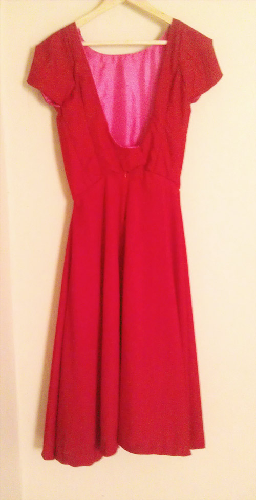 TheSecretCostumier - Red backless dress back