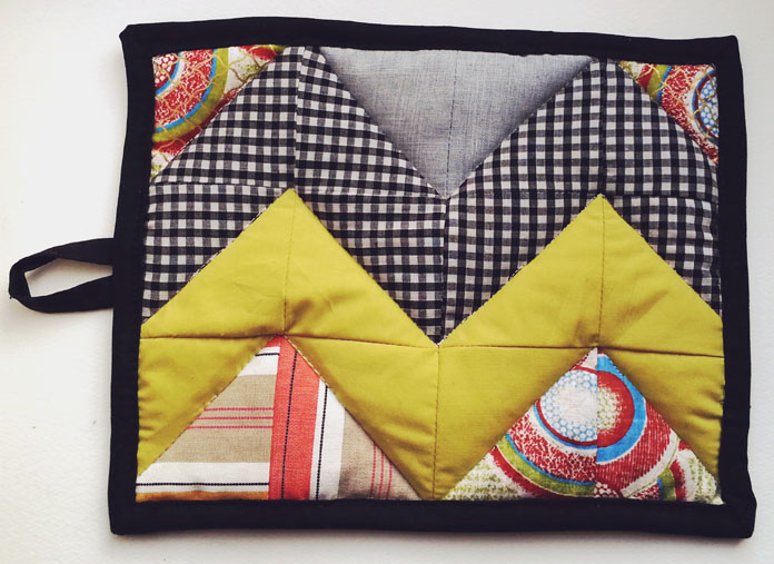 TheSecretCostumier - Patchwork potholder front