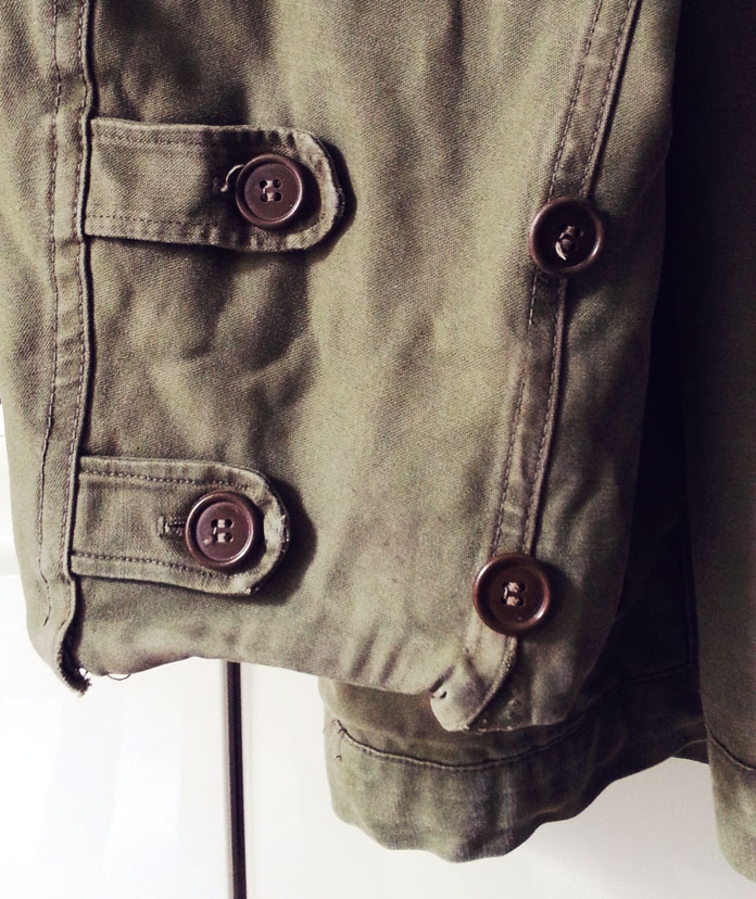 DIY - Military jacket refashion by TheSecretCostumier