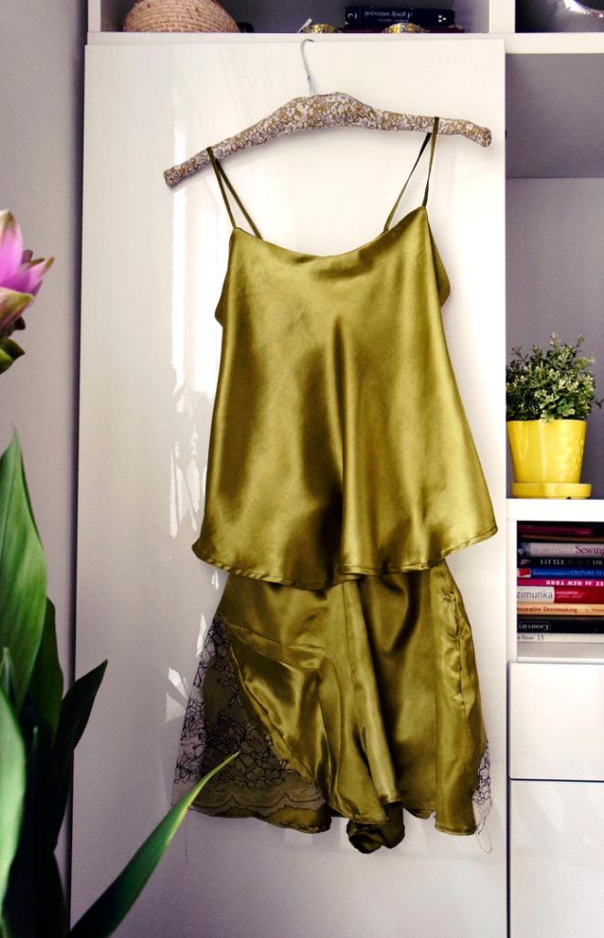 TheSecretCostumier - Handmade nightwear
