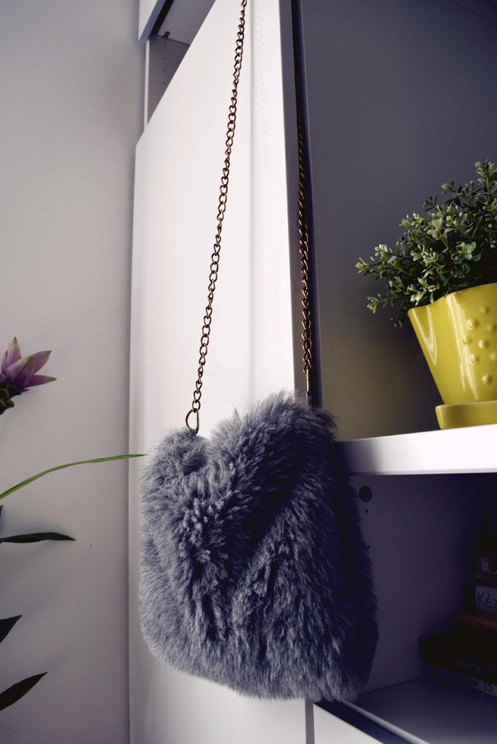 ThteSecretCostumier - Fur bag