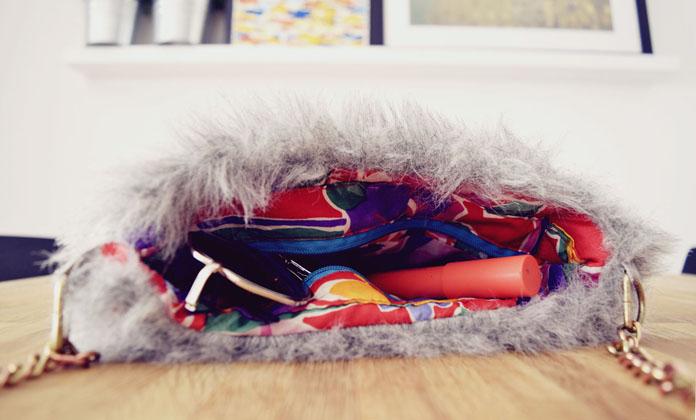 ThteSecretCostumier - Fur bag3