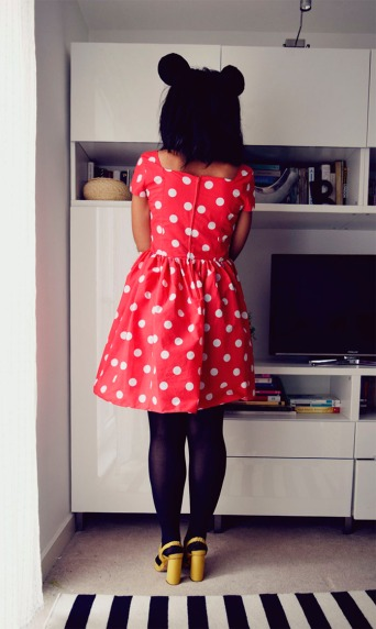 The Secret Costumier - DIY Minnie Mouse Halloween Costume